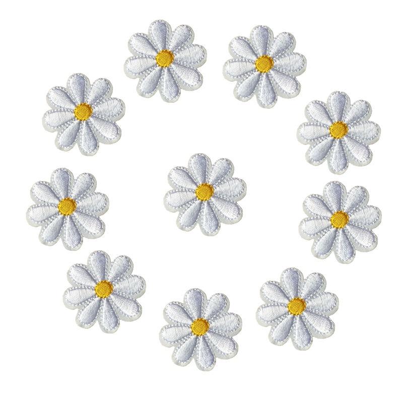 Вышитый утюжок на нашивках, 10 шт., значки с белыми цветами ромашки, 4 см, для сумок, джинсов, шляп, футболки, DIY Аппликации, украшение ремесла