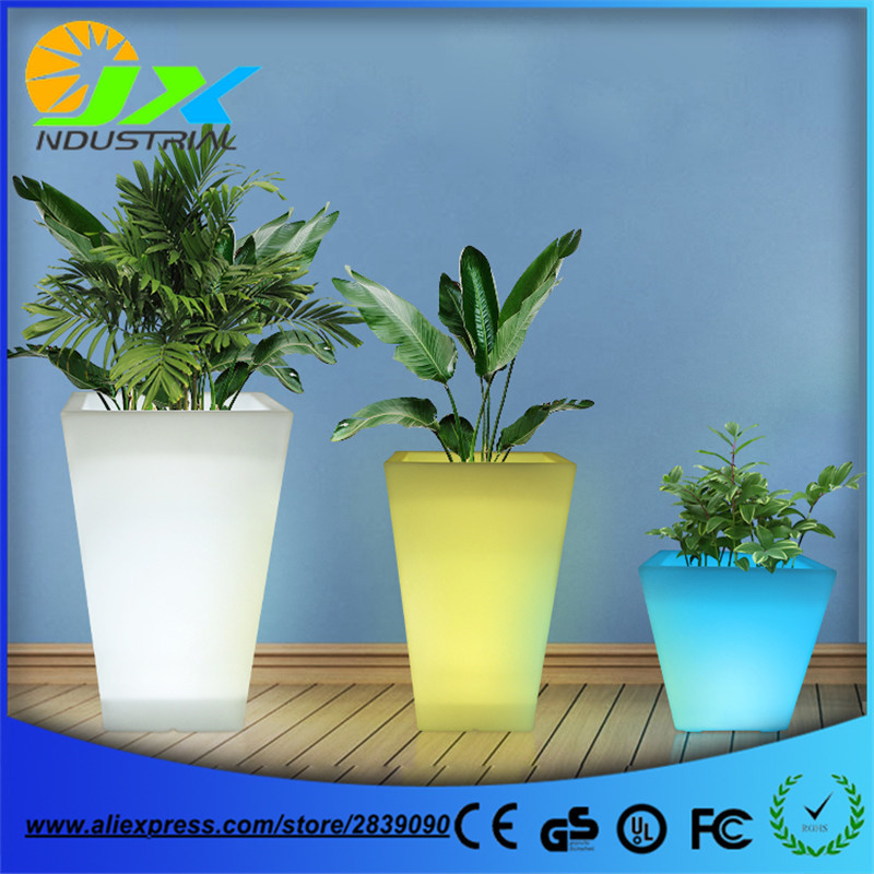 Plastic PE Rechargeable outdoor waterproof glowing LED Floor lamp remote control led big flower pot RGB floor boughpot