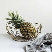 Ins Home Storage Basket Wrought Iron Hollow Desktop Snack Round Baskets Living Room Wire Fruit Basket Kitchen Decoration