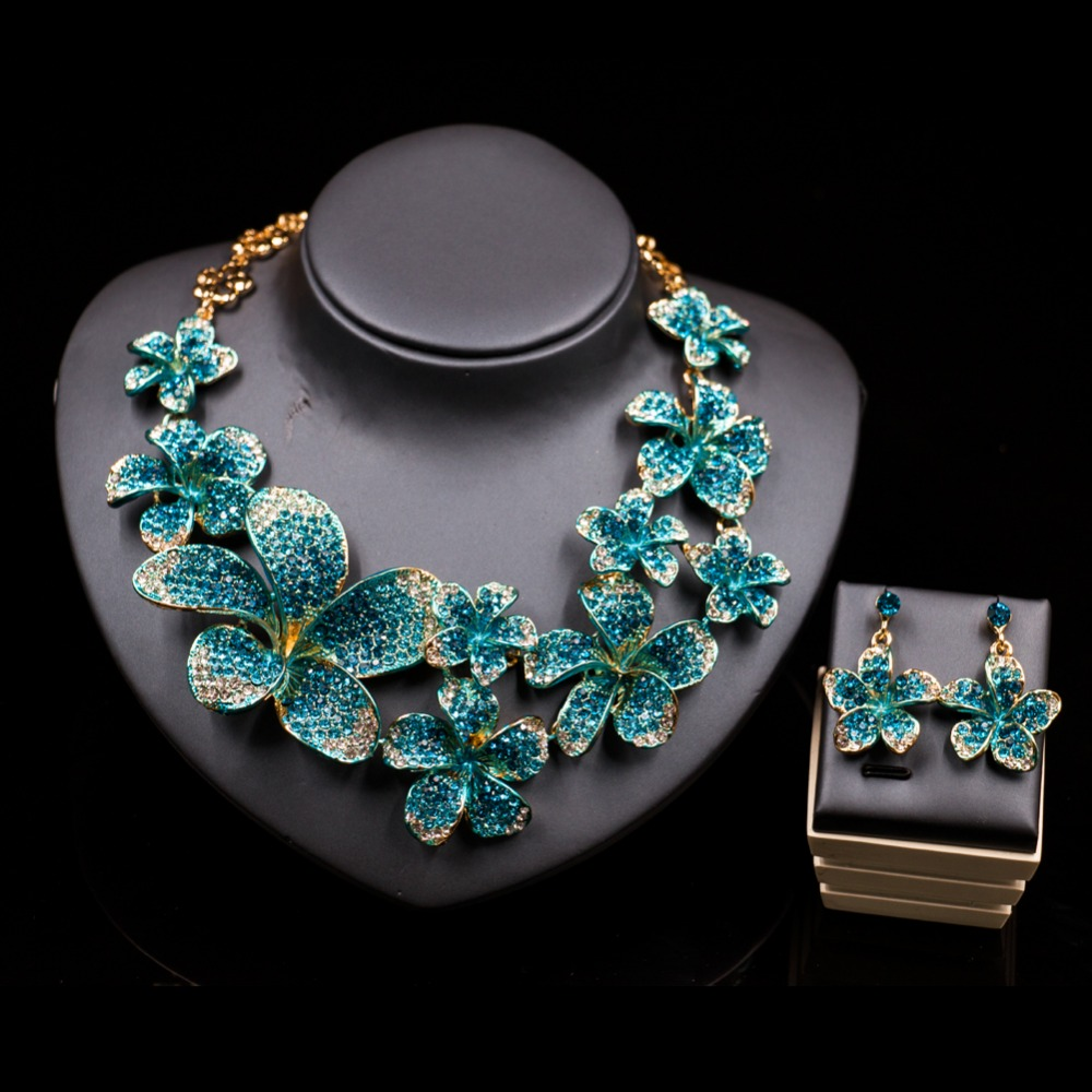 XT QU high quality flower necklace and earring