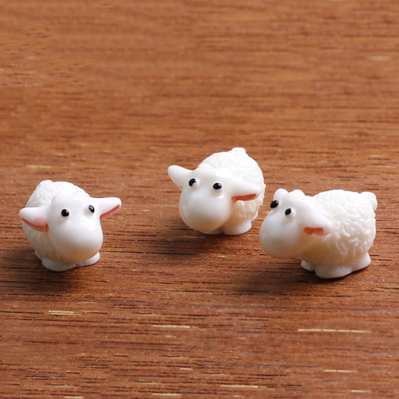 5Pcs/Set New Cute Resin Mini Sheep Home Micro Figurines Miniatures Home  Wedding Party Decor DIY Accessories Approx 1.5*2cm