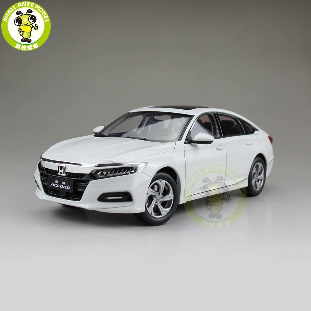 1/18 Accord 10th Sedan Diecast Metal Car Model Toys Boy Girl Gift Collection Hobby White