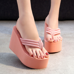 Image 2 - Chinelos de praia das mulheres chinelos macios eva 2020 verão sapatos plataforma mulher super salto alto moda feminina slides cunhas sandálias