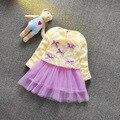Весна симпатичные отложным воротником кружева майка с с бантом искусственного плиссированные малыша детское платье Vestidos Infantis новорожденных девочек одежда 863