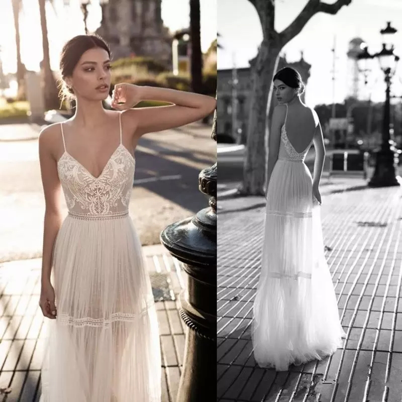 LORIE Spaghetti Straps Beach Wedding Dresses 2019 Lace Applique Boho Bridal Gowns Berta Bohemian V-Neck Backless Floor Length
