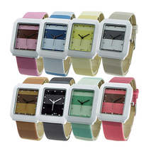 2015 New Hot Fashion Leather Strap Quartz Crystal Women Ladies Girls Wrist Watch Square Dial 3