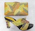 Sandalia de Las Mujeres de Moda de Alta Calidad Zapatos Italianos Con Bolsos A Juego juego Para El Partido Africano Y Conjunto de Bolsas Para La Boda TT08