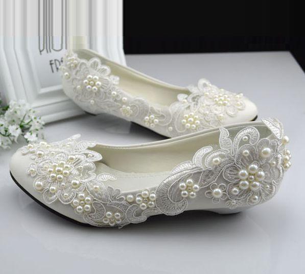 Plus storlekar 40 41 42 elfenben spets bröllopskor för kvinna liten låg häl komfotable pärlor brudskor TG382 partier klänning sko