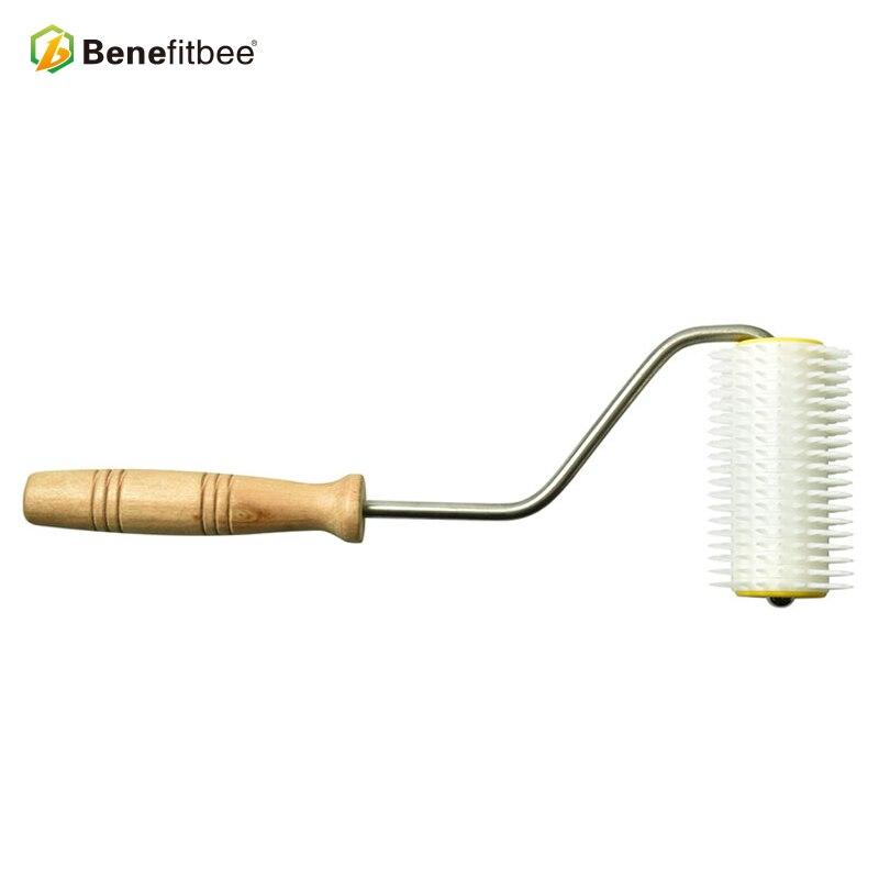 Benefitbee beekeeping equipment honey scraper wooden handle uncapping fork high quality plastic in Beekeeping Tools from Home Garden