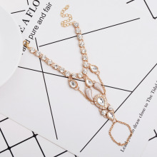 2017 Unique Design High Quality Fashion Glitter Rhinestone Hand Bracelet Slave Chain Link Finger Ring Gold Hot Jewelry
