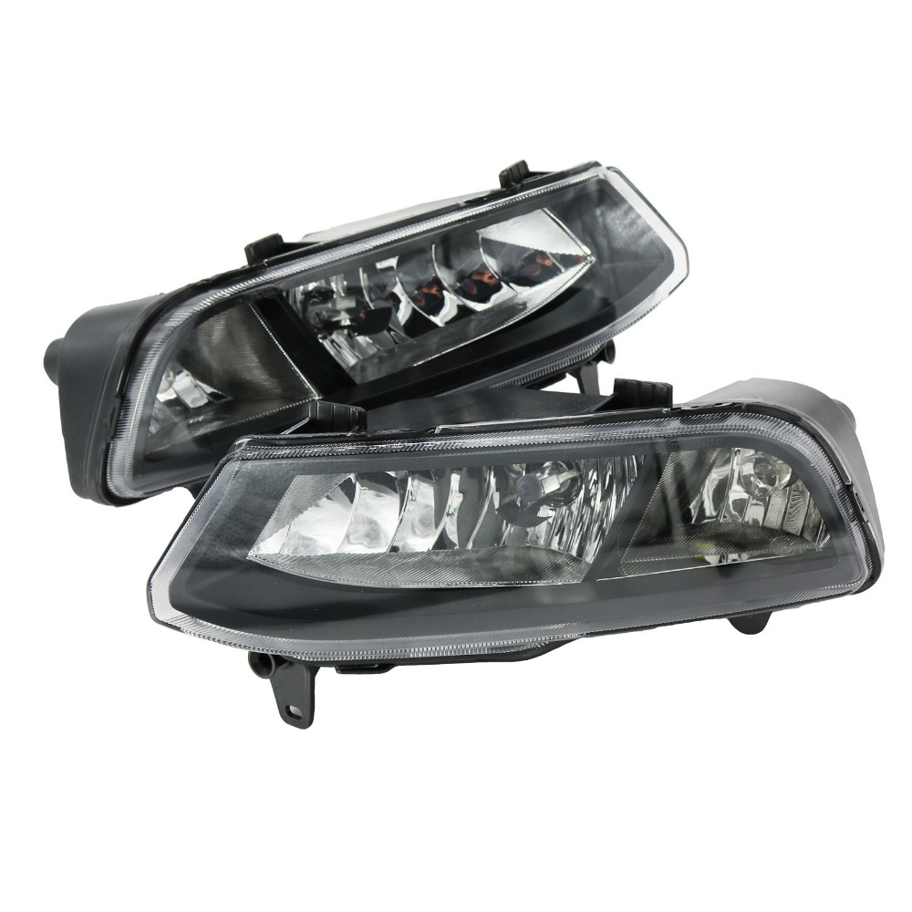 2Pcs Car Light For VW Polo Vento Derby 2014 2015 2016 2017 Front Fog Light Fog Lamp With Bulbs Assembly Two Holes free shipping new pair halogen front fog lamp fog light for vw t5 polo crafter transporter campmob 7h0941699b 7h0941700b