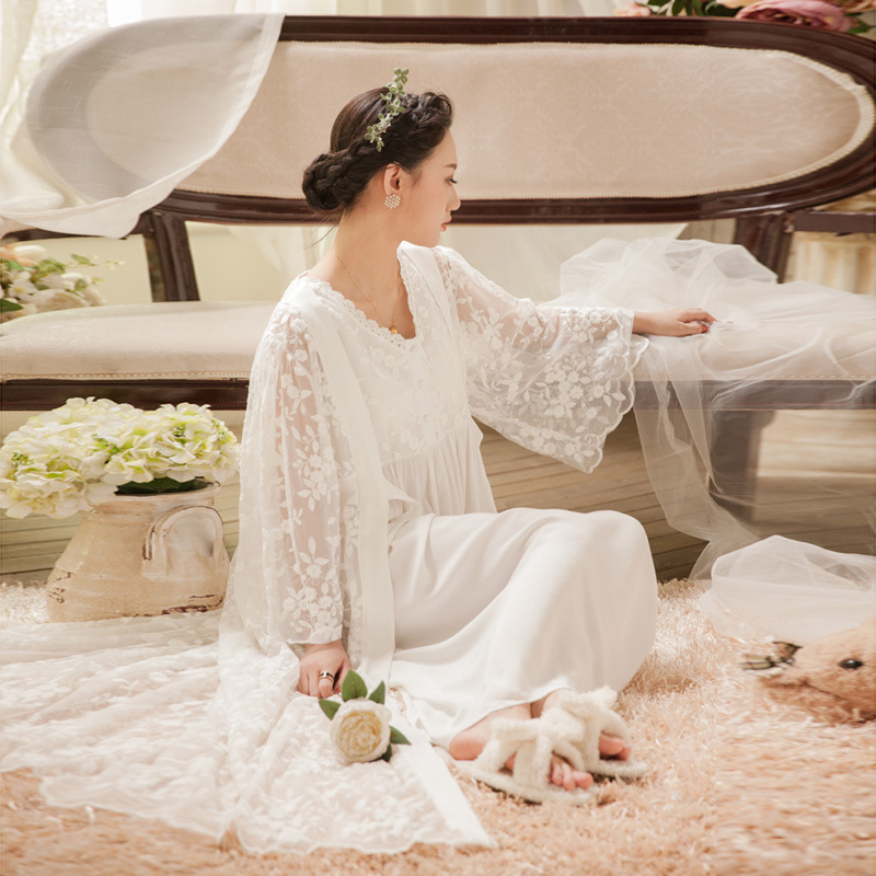 Soft White Lace Vintage Women Sleepwear 2 Pieces Long Nightgown Ladies Sleep Dress 4 Colors Sexy Home Nightwear 063