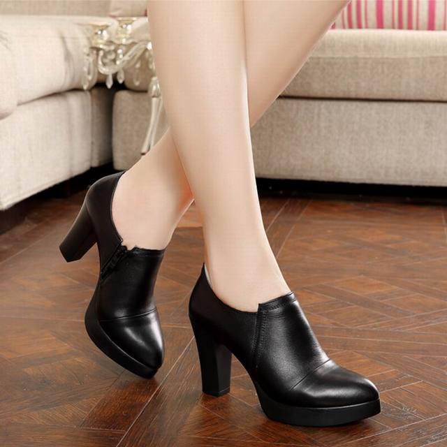 Primavera e no outono das mulheres sapatos de salto alto grosso das mulheres da forma genuína sapatos de couro primeira camada de couro plataforma bombas