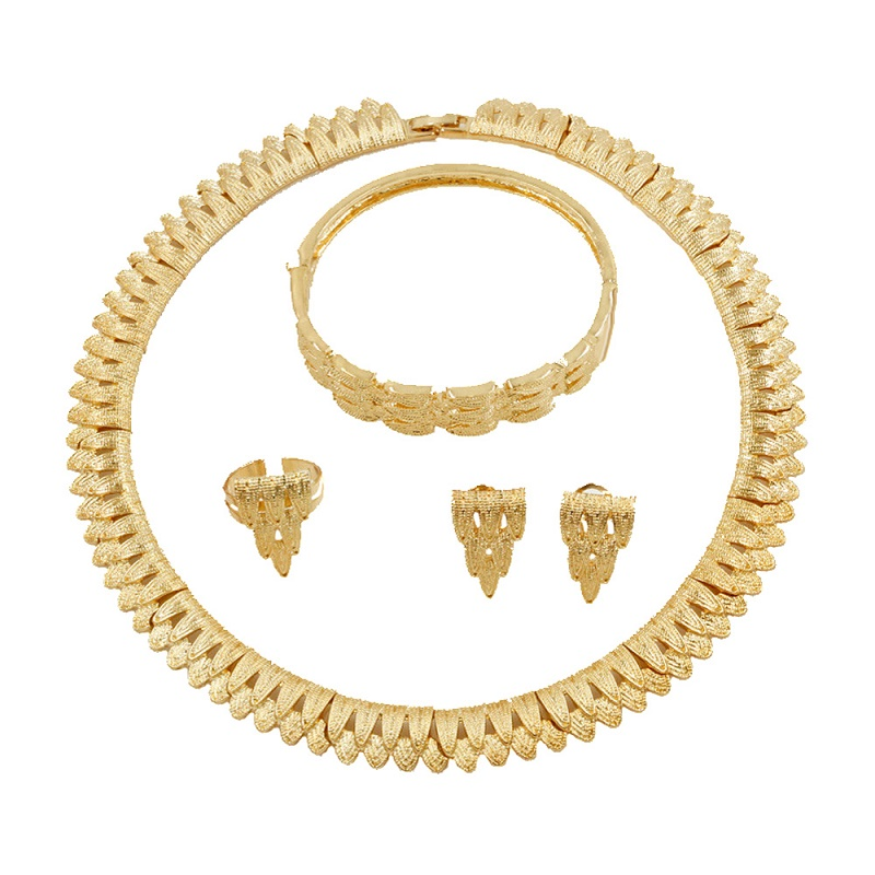 2019 Simple Fashion Design 18 Gold Jewelry Sets Necklace Bracelet Earrings for Women Charm Bride Jewelry Accessories2019 Simple Fashion Design 18 Gold Jewelry Sets Necklace Bracelet Earrings for Women Charm Bride Jewelry Accessories