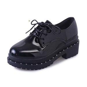 Image 2 - 2018 新スタイル英国リベット小さな靴女子学生韓国語バージョンローファー靴レディースシューズヨーロピアンアメリカンスタイル