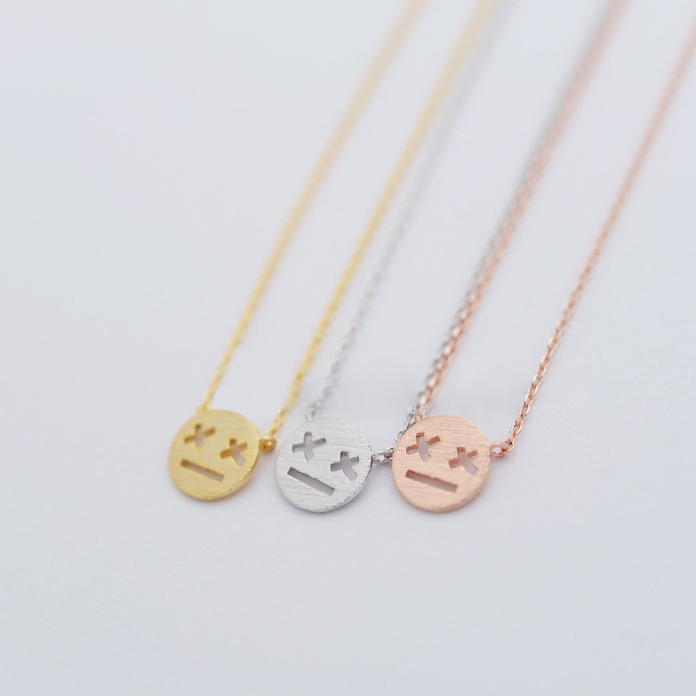 Fashion cartoon expression pendant necklaces X X eyes glazed expressions necklaces Game over expression pendant necklaces