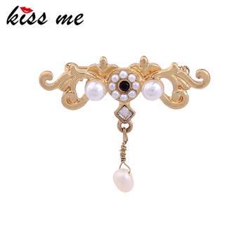 KISS ME Factory Newest Fashion Luxury Jewelry Elegant New Gold Color Simulated Pearls Brooches Factory Wholesale image