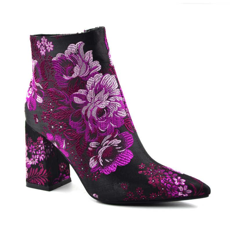 2018 Ilkbahar/Sonbahar Yeni Kadın Marka Ayakkabı Moda Nakış 9 cm Yüksek Topuk Sivri Burun Çiçek yarım çizmeler Kare Topuklu çizmeler
