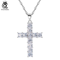 Luxury Cross Pendant Necklace Made Of 11 Pieces Princess Cut Cubic Zirconia Necklace Pendant For Ladies