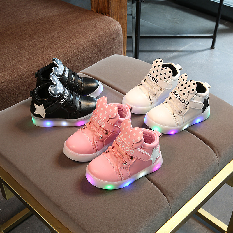 Fashion Baby Boys Girls Luminous Sports Shoes LED Lumineus Sneakers Children Cartoon Non-slip Shoes Kids Casual Shiny Star Shoes