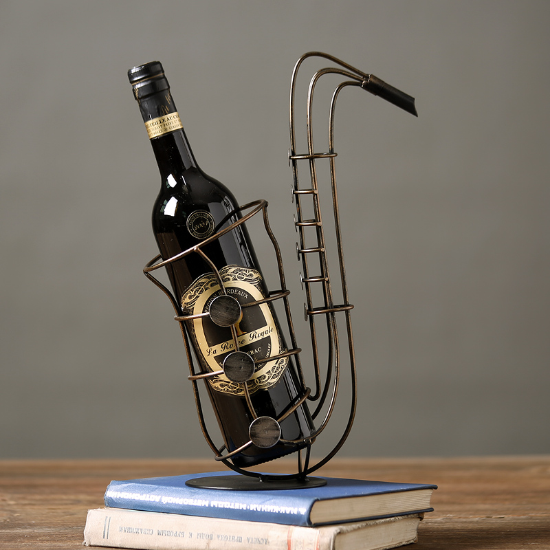 Continental retro iron red wine creative dining room decoration bar cafe table decoration Sax wine rack