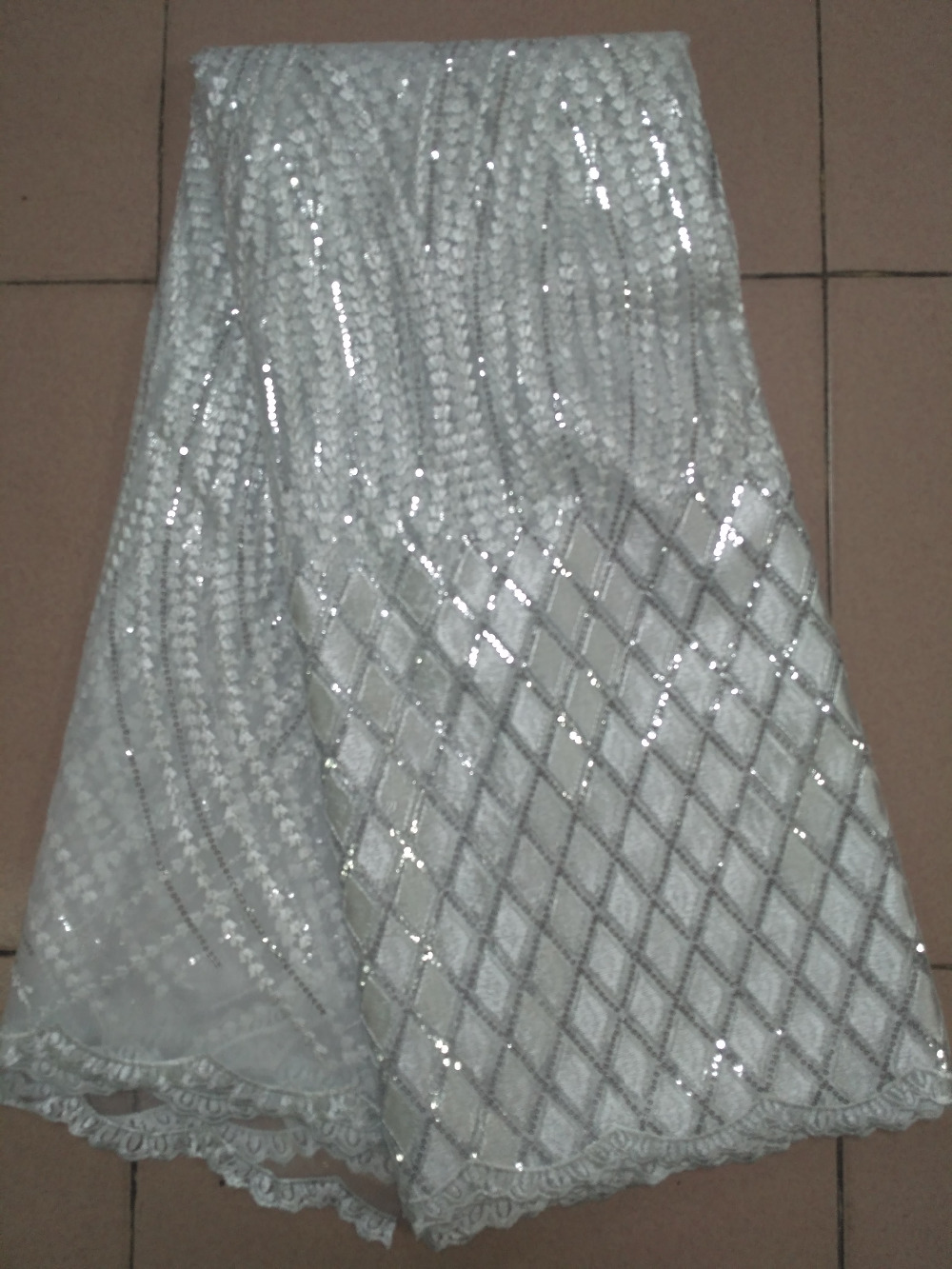 2017 High Quality White Lace Fabrics African Lace Fabric Cheap Net Embroidery Sequins Tulle Lace Fabric