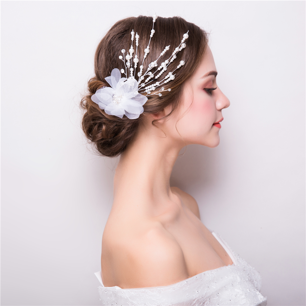 White Yarn Flower Hair Clips Simulated Pearl Princess Bridal