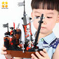 WMX Classic Pirate Series 13118 Pirate Ship Avenger 167 pcs Figures Building Block Sets Educational Kids DIY Bricks Toys