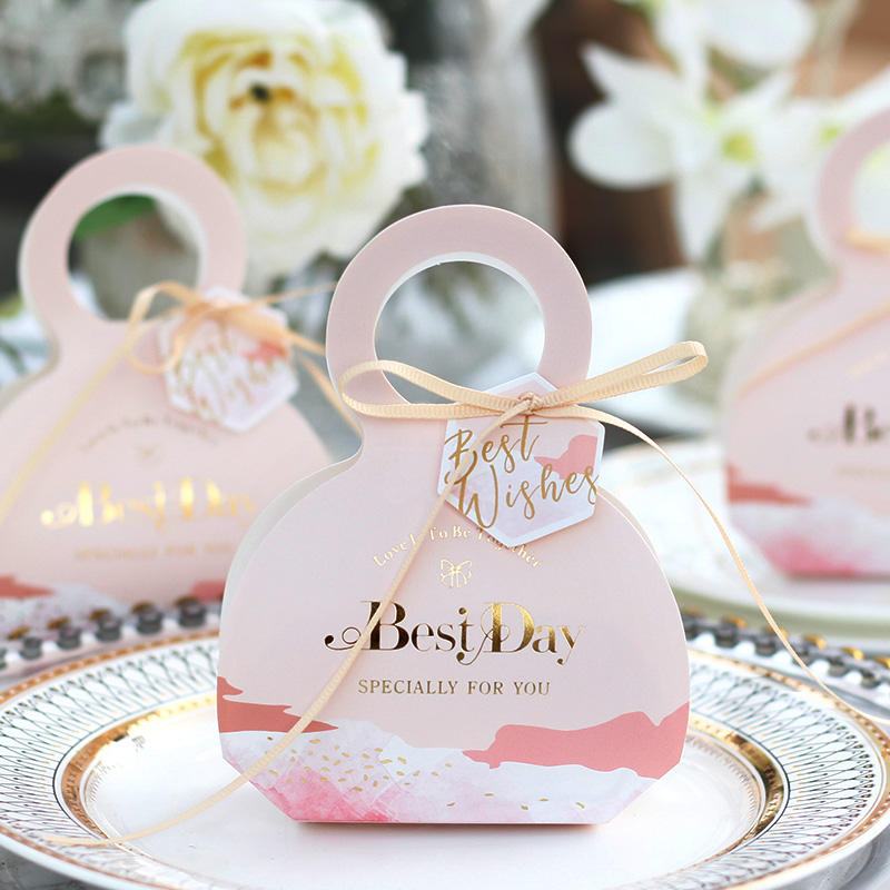 100pcs lot Custom name Paper Anniversary Candy boxes Chocolate favors holder Party Bridesmaid gift Wedding favor