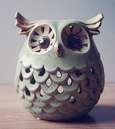 031803 The Owl Ceramic Hollow Out Decoration Scented High