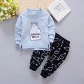 Ropa de Los bebés Fijó 2 unids Carta Leche T-camisa de manga larga + Pantalón Negro Toldder Bebé Ropa de la muchacha Trajes 2017 de Primavera/Otoño