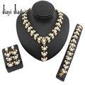 Moda perlas de imitación de Joyería de la Boda chapado en oro collar pendientes pulsera de perlas encanto mujeres accesorios vestido