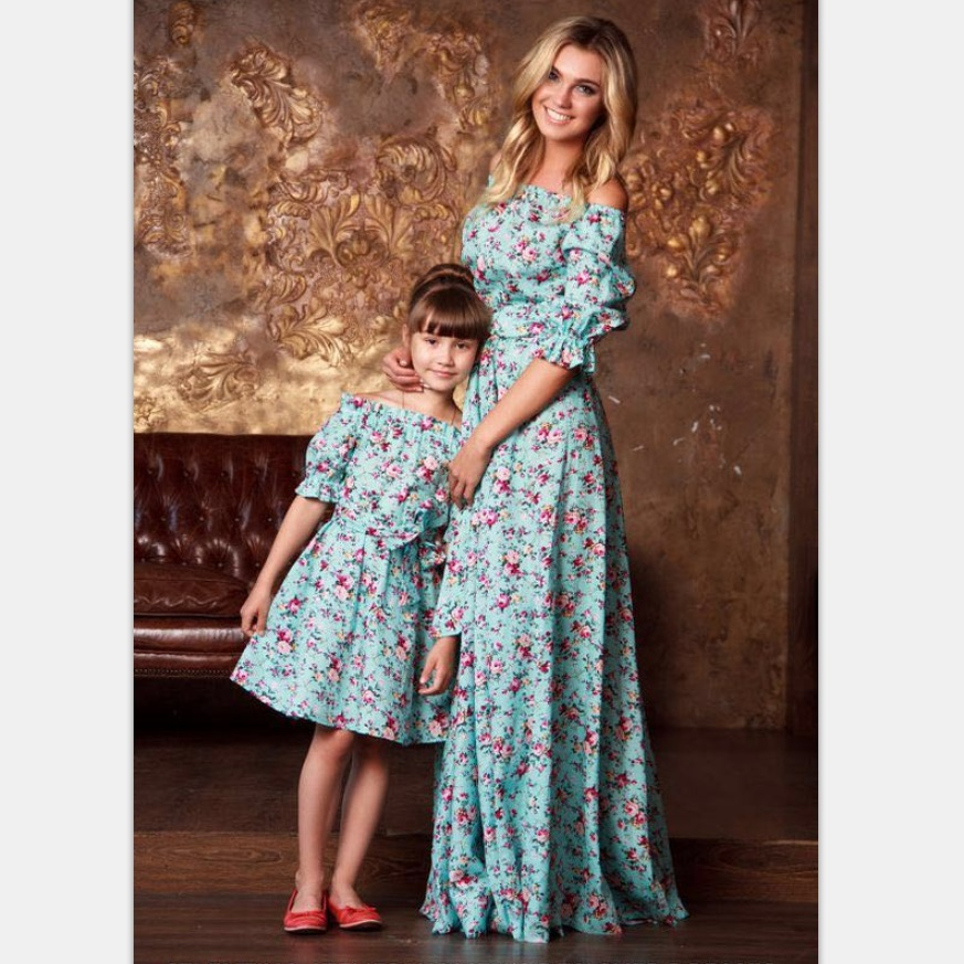 Fashion Family Set Boat Neck Mother Daughter Dress Off Shoulder Mom and Dresses Clothes Printed Clothing WT06