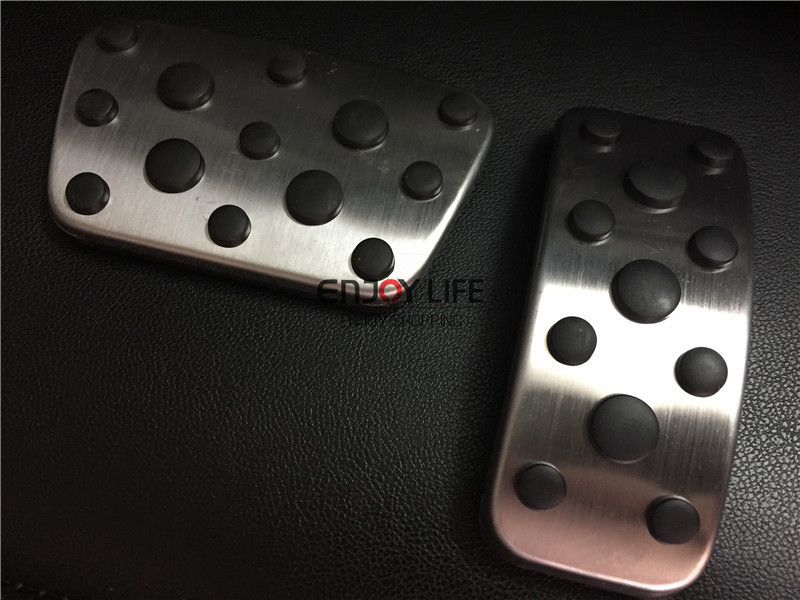 2pcs Gas Fuel Brake Foot Pedal Pads Cover AT For Toyota Camry XV50 2012 2013 2014