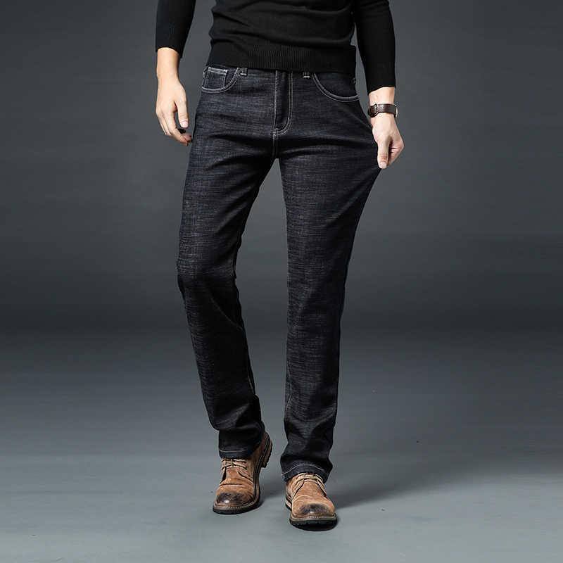 Pantalones vaqueros gruesos elásticos de alta calidad de invierno cálidos de lana para hombre pantalones de mezclilla recta pantalones de algodón para hombres tamaño grande 40 42 44