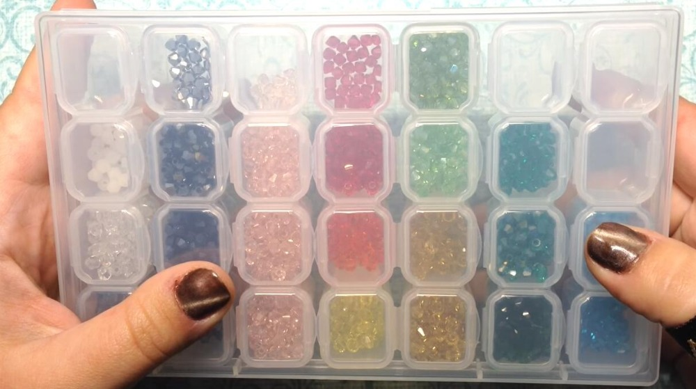 Nail Art Tools Jewelry Beads Storage Box Jewelry Beads Storage Containers Clear Plastic Box, 28 Grids , 17.3 X 10.5 X 2.5cm