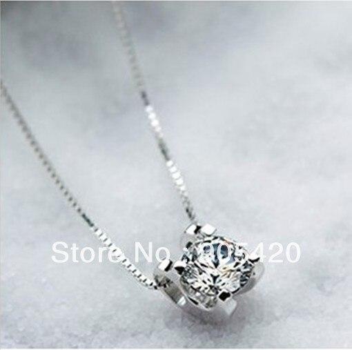8545347918c4 OMH joyas al por mayor 18KT oro blanco o plata 925 mujeres collar de cristal  blanco de la manera colgantes (sin cadena) XL561