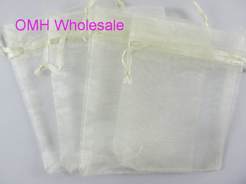 OMH Wholesale 50pcs 7x9,10x12,10x15,11x16,15x20,17x23,13x18cm Beige Christmas Packaging Bags Jewelry Voile Gift Bag BZ08-15