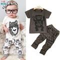 Varejo 2016 verão estilo monstrinhos de roupas infantis conjuntos de roupas de bebê menino de Algodão de manga curta 2 pcs roupas de bebê menino