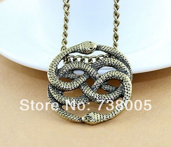 Hot sale The Never Ending Story Steampunk vintage jewelry  vivid two snakes pendant necklace Wholesale Jewelry !
