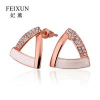 Fashion Korean Women Jewelry Rhinestone Crystal Rose Gold Plated Triangle Shape Stud Earrings Personality Wholesale E863