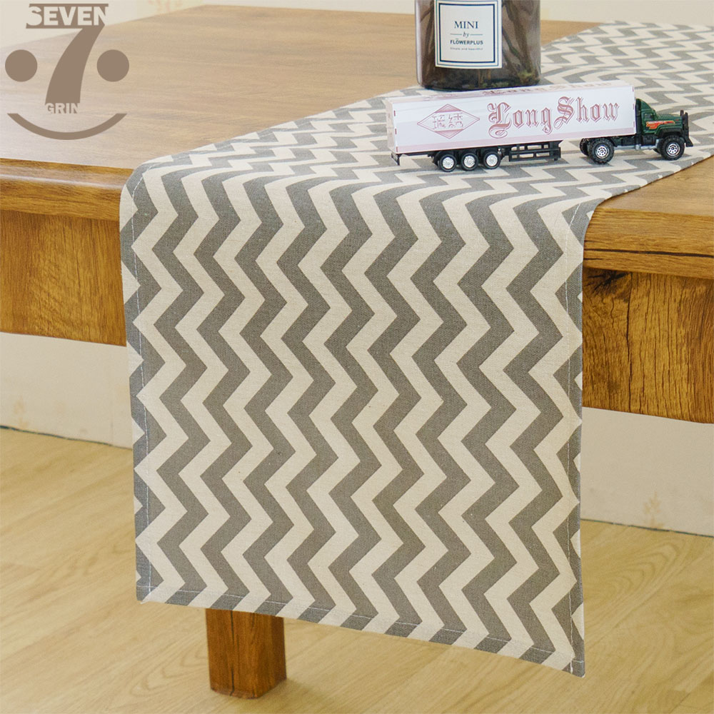Home Decorative Gray Wave Pattern Cotton Linen Table Runner
