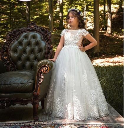 2018 White Tulle Customized Flower Girls Dresses for Wedding Lace Applique Girls First Communion Gown Pageant Dress Any Size hot sale custom cheap pageant dress for little girls lace beaded corset glitz tulle flower girl dresses first communion gown