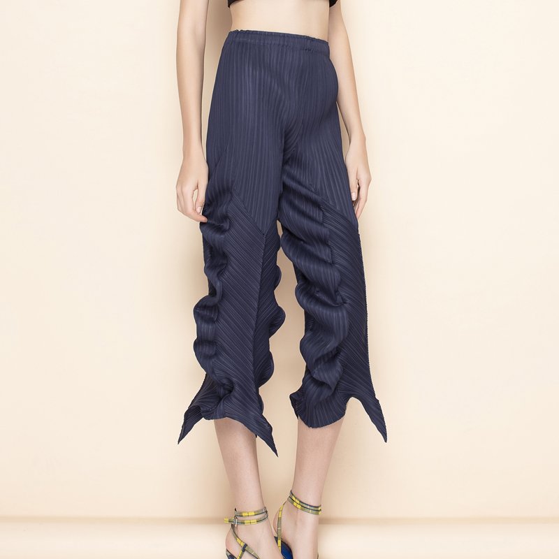 Changpleat 2019 summer New irregular Women Pants Miyak Pleated Fashion Solid elastic waist Female Ankle-Length pants Tide P79796