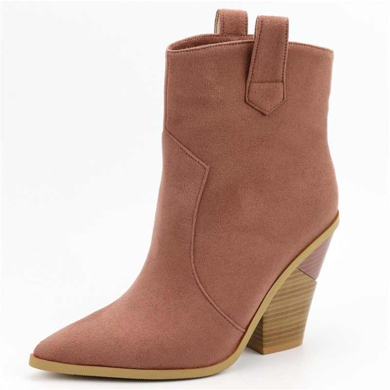 Marka ayakkabı moda kabartmalı mikrofiber yarım çizmeler kadınlar için sivri burun kovboy çizmeleri kadın kama pompaları yüksek topuklu pist botları