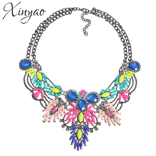 XINYAO 2017 Fashion Crystal Acrylic Flower Necklace Statement For Women Gold Plated Cuban Chain Necklace Collier Femme F10078