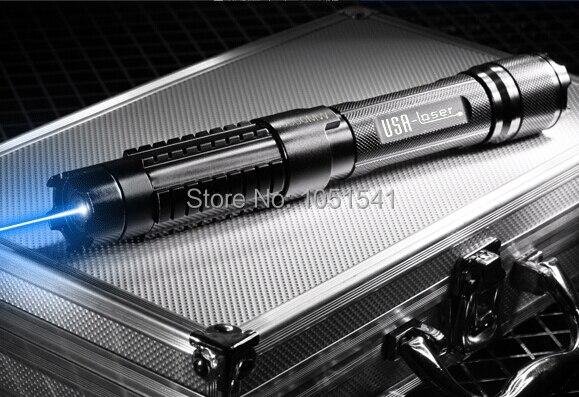 Haute Puissance pointeur laser bleu mw 100000 m 100 w 450nm Focalisables Brûler Lazer brûler du papier cigarette allumée de coupe Chasse + 5 caps + cadeau