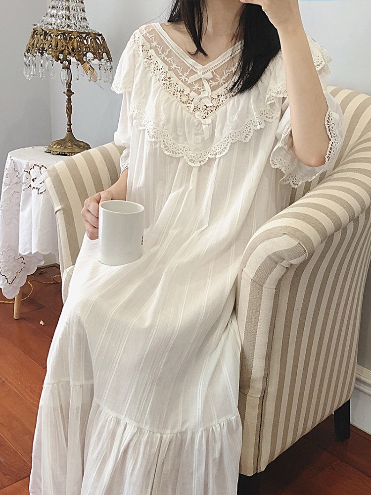 Vintage Women's White Lace Cotton Long Nightgowns Summer Sleepwear Female Home Elegant Long Night Dress