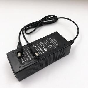 Image 2 - 29.4V 2A Hovershoes Batterij Oplader Voor Elektrische Sakteboard Hovershoes Zelfbalancerend Slimme Elektrische Hover Rolschaatsen Schoenen