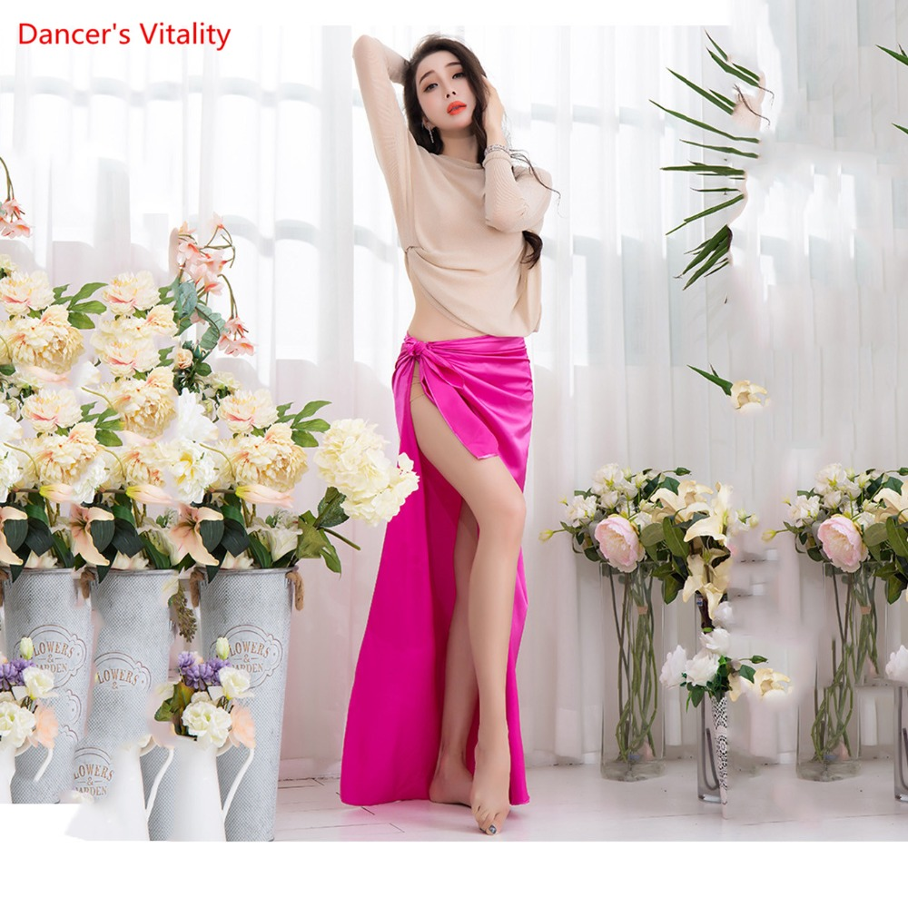 2018 New Wholesale 2 piece Team Wear Dance Wear Loose Blouse Sexy Slit Side Skirt Light Bellydance Competition set